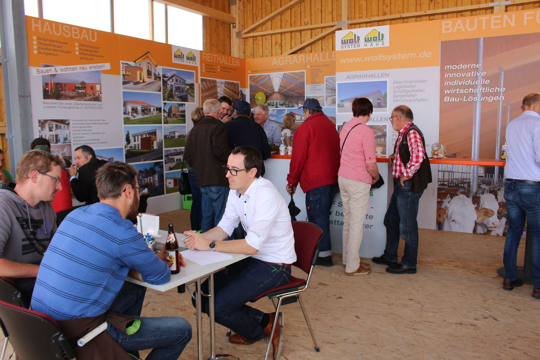 Messestand Wolf System