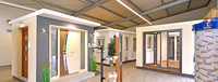 Ausstellungshalle für Fenster und Türen