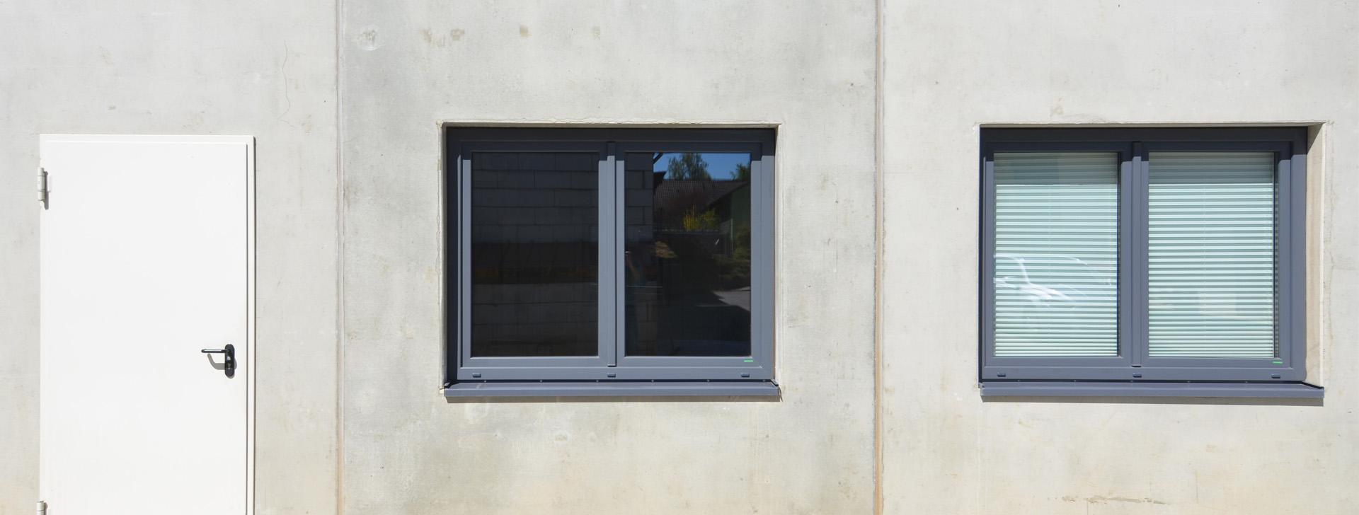 Fertigteilwand mit Fenster