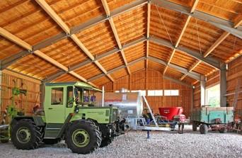 Stahlhalle mit Sparrendachstuhl