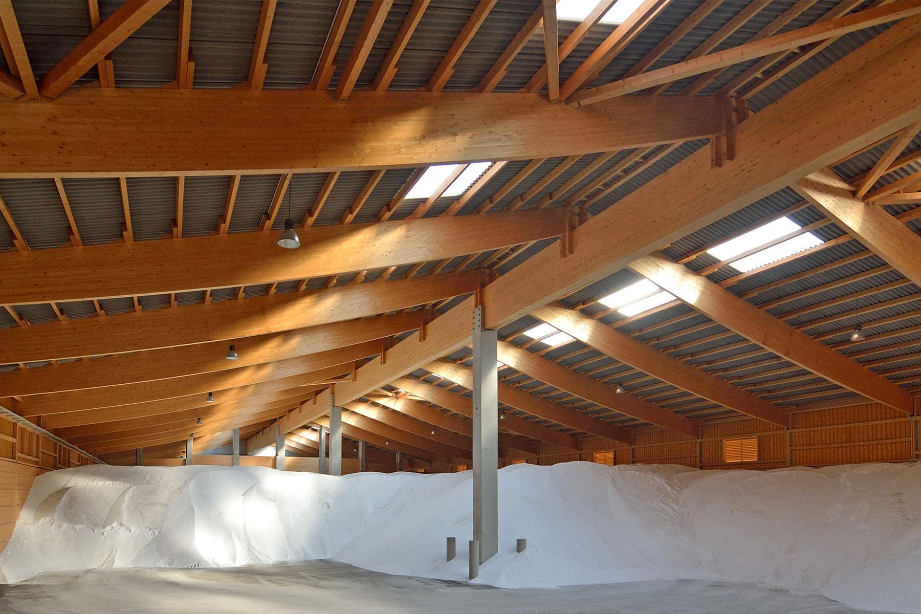 Brettschichtholz Betonkonstruktionen