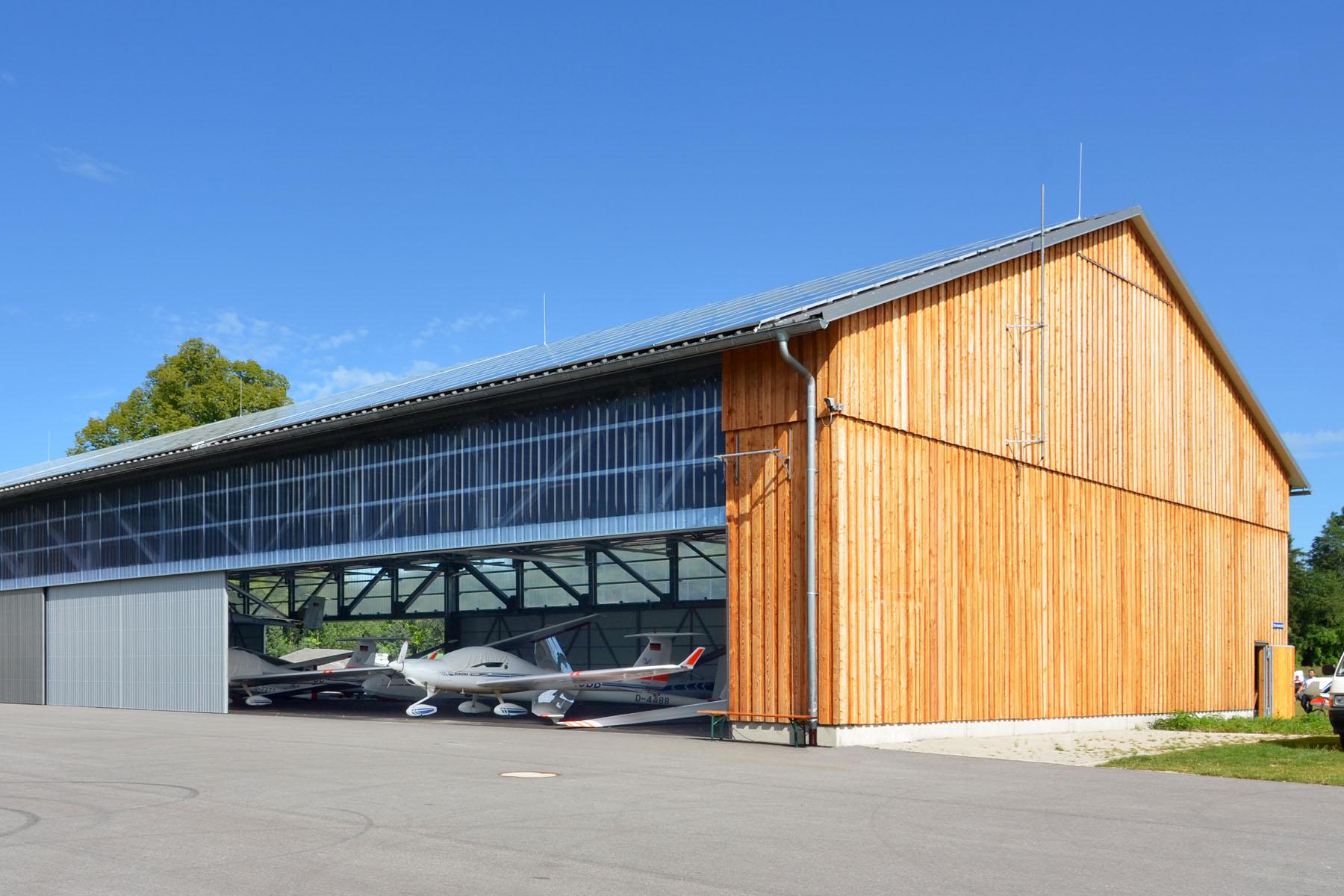 Hangar für Segelflugzeuge