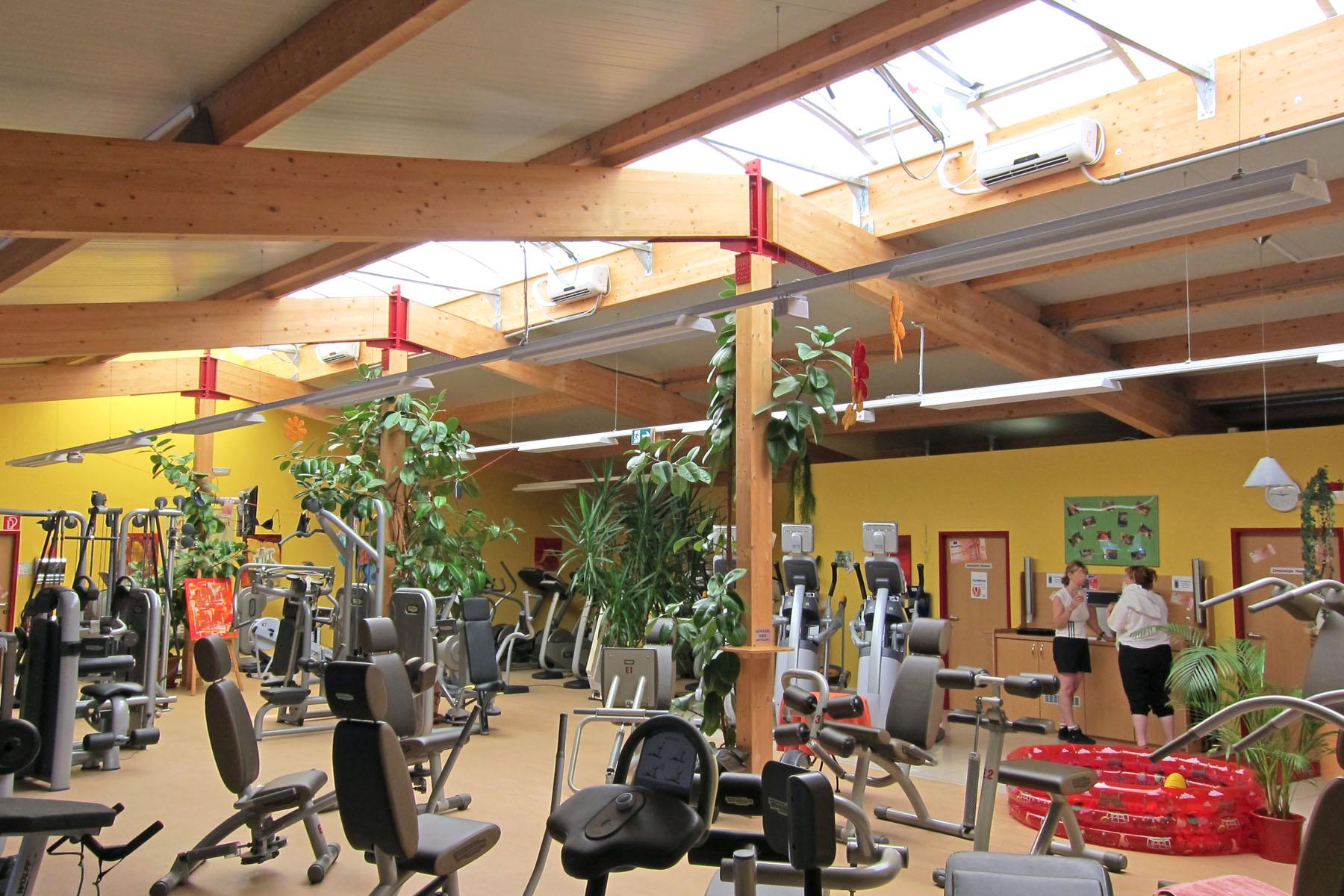 Sportgeräte in Fitnesscenter