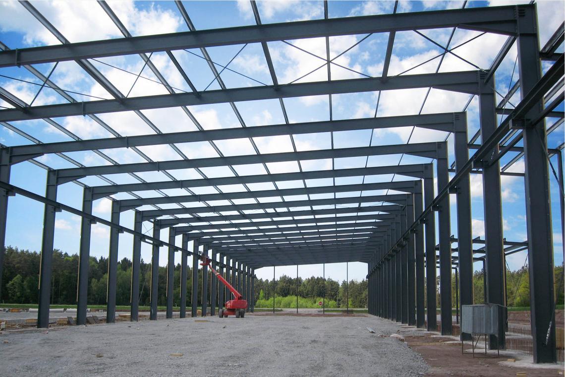Stahlhallen, Häuser und Ställe - günstig mit System